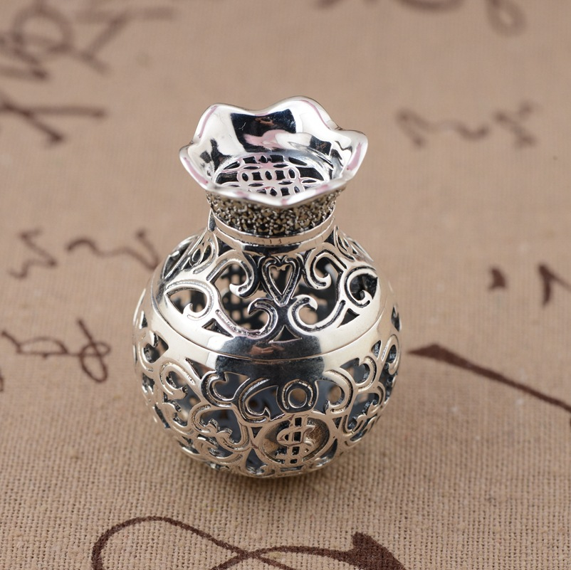 Deer Wang Yinshi purse Pendant S925 sterling silver wholesale silver antique style hollow open Pendant s925 silver antique style men open world peace ring
