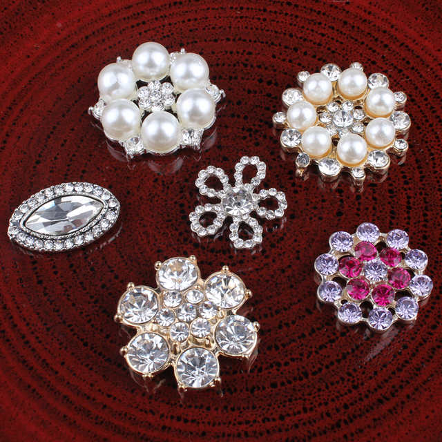 10PCS Vintage Handmade Flower Rhinestone Buttons Bling Flatback Crystal  Pearl Decorative Buttons Flower Center Craft Supplies e10db0d590f7