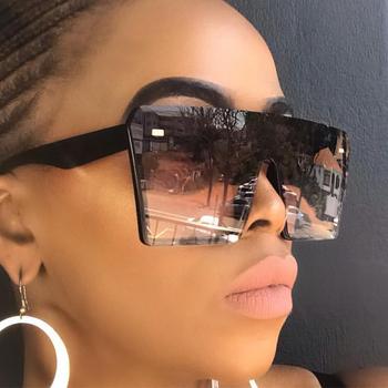 Za duże kwadratowe okulary kobiety 2019 luksusowej marki mody płasko zakończony czerwony czarny przezroczyste soczewki One Piece mężczyźni Gafas cień lustro UV400 tanie i dobre opinie Sen Maries Plastikowe tytanu Plac Gradient Dla dorosłych GV0256 Poliwęglan 55MM 58MM Square Sunglasses Go shopping Party Travel Take photo