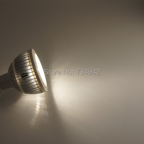 5W(Five 1 watt) CREE LED Spot Light Bulb with E 27 Base