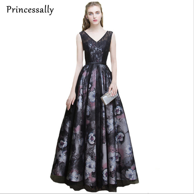 Abendkleid 2017 Spitzeblumen Lange Abendkleid Princessally V ...