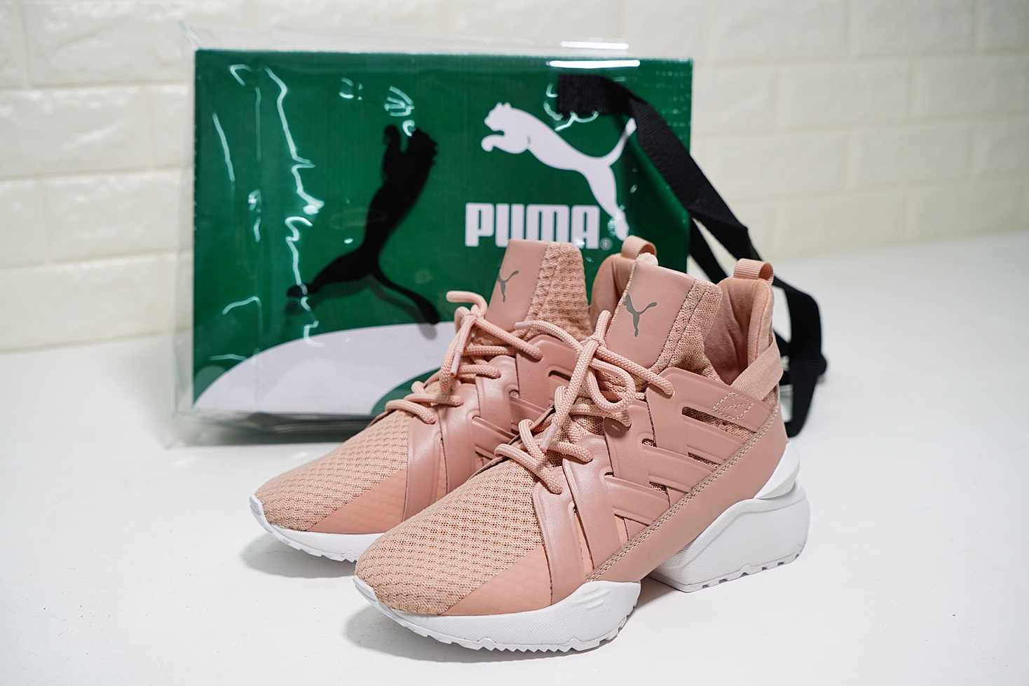 ... PUMA Women s Muse Echo Satin EP Sneakers Badminton shoes Size 35-40 6baf25cb0