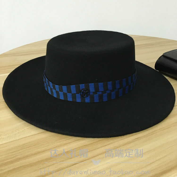 Double black metal logo the dark blue hat winding ribbon cloth flat flat along the sun bask in men and women