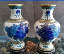 20 cm */ Collecting Chinese cloisonne carved with phnom penh, a pair of vases