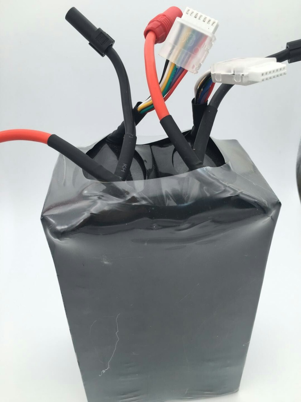 Battery 44.4v <font><b>12000mah</b></font> 20c shaft battery image