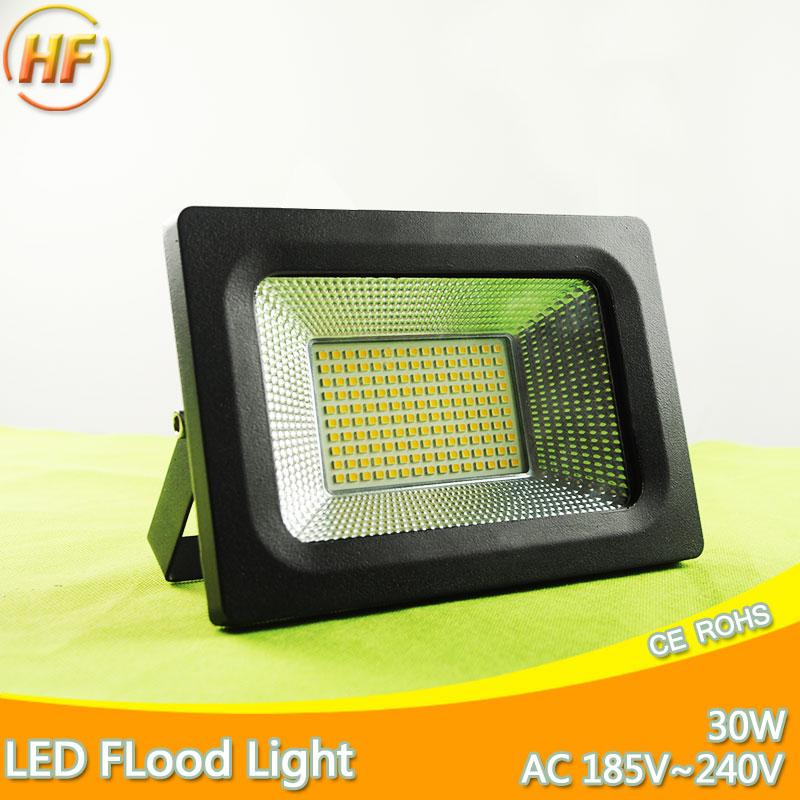 e63fd3c09c1 Top Quality Ultra Thin Larger Bright Area 220V 30W LED Floodlight IP65  Waterproof IP66 Flood Light Outdoor Lighting Proiettore .