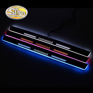 Image 1 - 4PCS 아크릴 이동 LED 환영 페달 자동차 스커프 플레이트 페달 도어 Sill 통로 빛 메르세데스 벤츠 W204 W205 C180 C200 세단