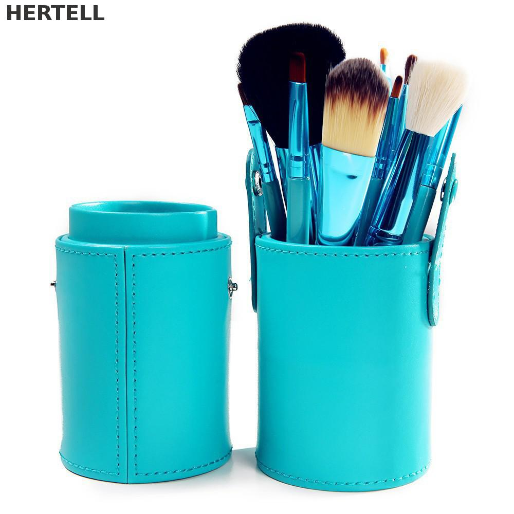 все цены на New Arrival Travel Portable 12 Pcs Make Up Brush Set Wood Persian Wool Makeup Brushes With Good Package P0012 онлайн