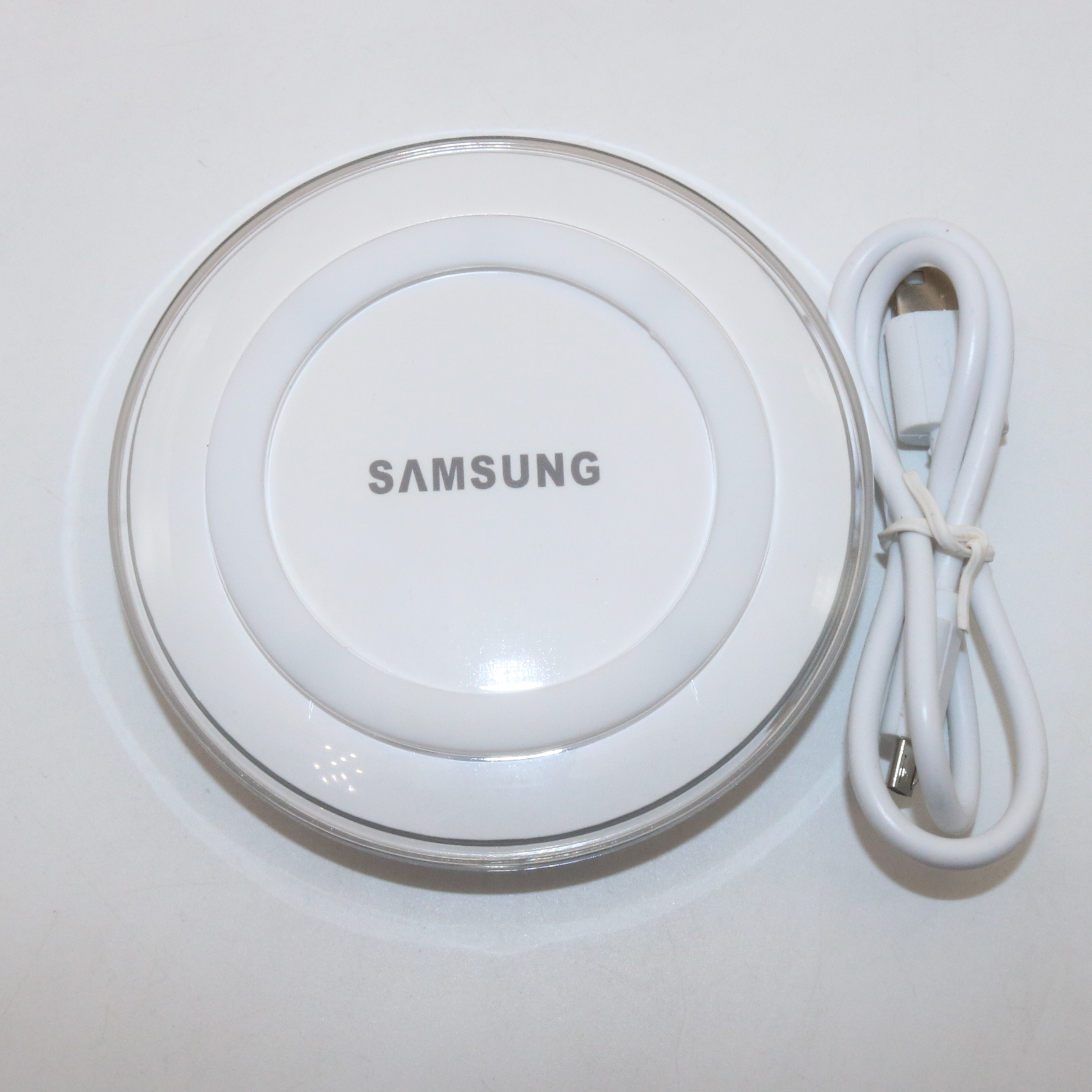 Image 2 - Original Samsung QI Wireless Charger Adapter 5V/2A Charger Pad For Galaxy S7 S6 EDGE S8 S9 S10 Plus Note 4 5 for Iphone 8 XS XR-in Mobile Phone Chargers from Cellphones & Telecommunications on