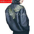 2016 modelos de verano de alta calidad de la manera mujer hojas retro marea modelos de manga larga chaqueta de béisbol bordada párrafo corto