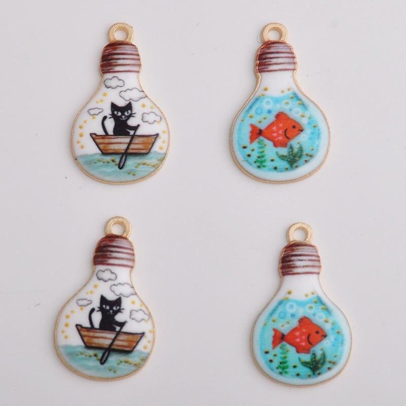 10 Stücke 28*17 Mm Japanischen Drucken Nette Cartoon Katze Fisch Emaille Globe Lampe Birne Charme Legierung Zubehör Spielzeug Schmuck Haarnadel Anhänger