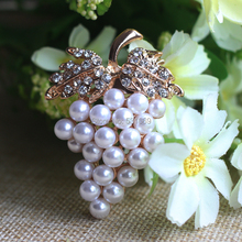 Gold Grapes Brooches