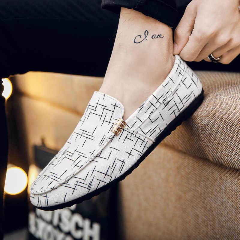 FONIRRA Mannen Casual Schoenen 2019 Herfst Mannen Loafers Zomer Licht Comfortabele Canvas Jeugd Platte Metalen Decoratie Rijden Schoenen 599