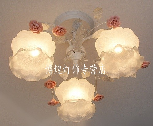 European-style garden living room Romantic Restaurants white wrought iron pink ceramic flowers glass lampshade Ceiling Lamp c133