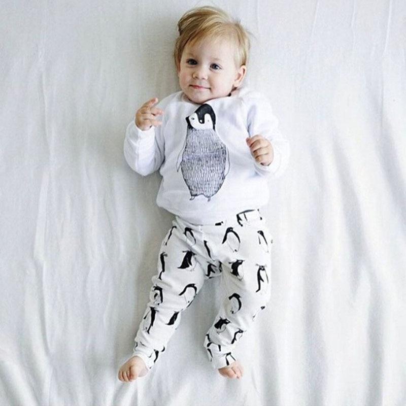 Baby Boy Девушка Одежда Наборы 2016 Осень Детские одежда Пингвин Хлопка С Длинным рукавом 2 шт. костюм (Топы + Брюки) Baby girl одежда