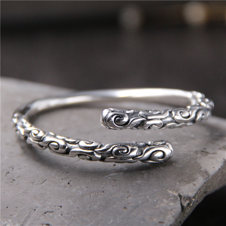 S925 Sterling Silver Retro Thai Silver Relief Solid Fashion Men And Women Open Ended BangleS925 Sterling Silver Retro Thai Silver Relief Solid Fashion Men And Women Open Ended Bangle