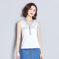 Fresh and beautiful sexy spring and summer satin V neck chain sleeveless vest top women slim sexy Slim bottoming shirt ladies