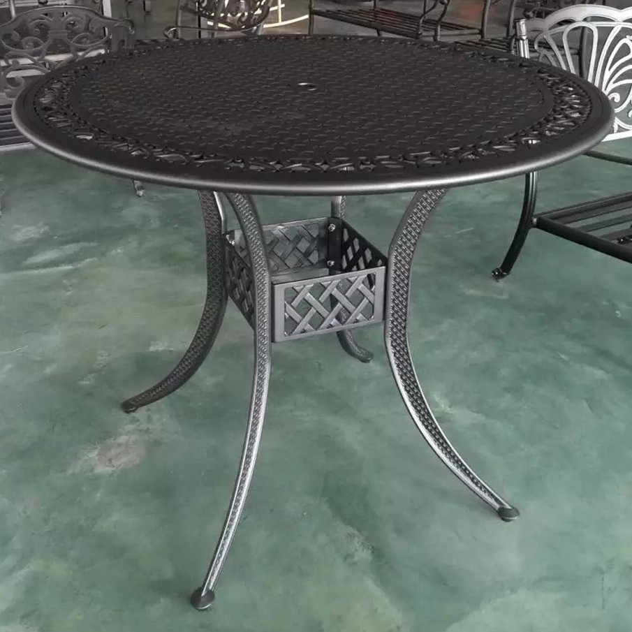 Big table Cast aluminum table for garden chair Outdoor furniture popular in size 137cm .