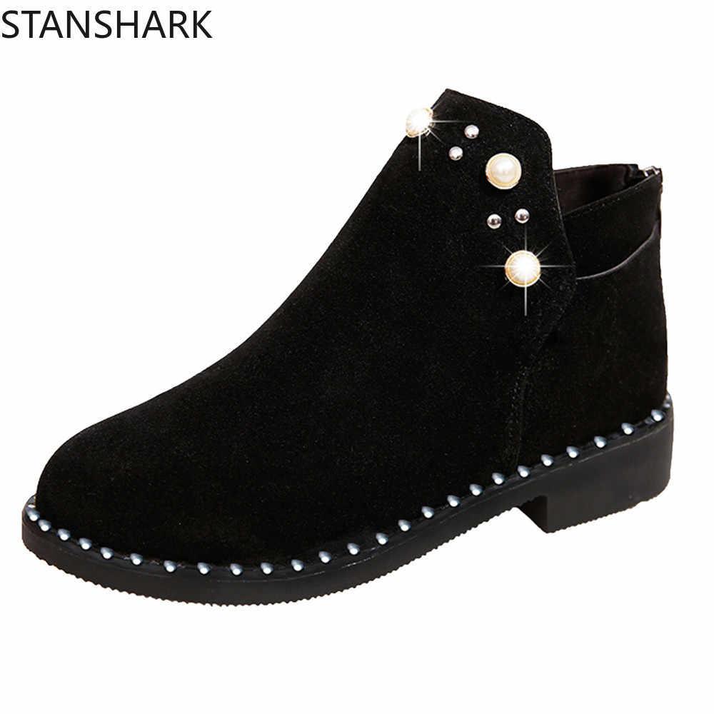 2019 Vintage Giày Bốt Nữ Ngọc Trai Giày Mùa Đông Nữ Giày Da Lộn Cổ Chân Giày Phẳng Mắt Cá Chân Ngắn Ủng Bọc Giày Cho Nữ Martins giày