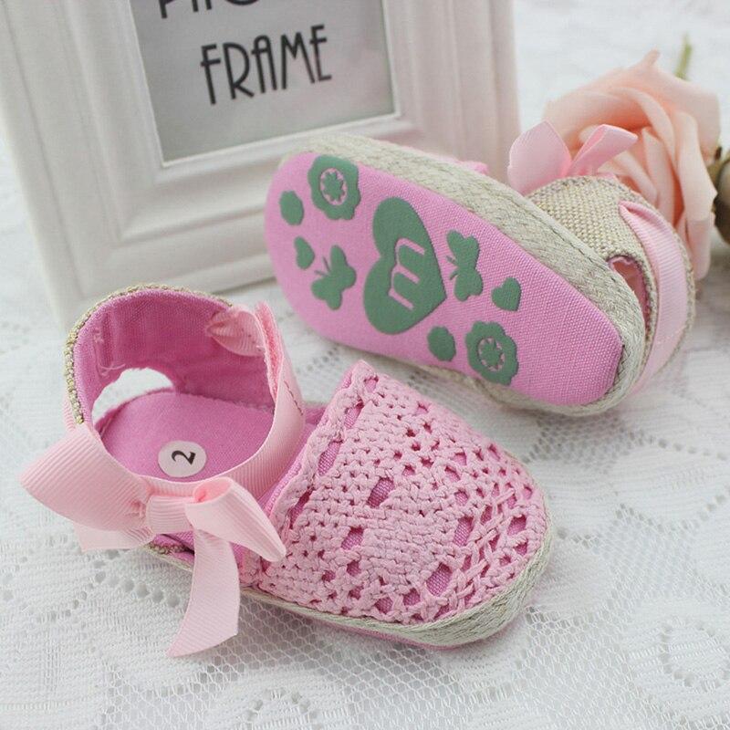 Nouveau-né Enfant Tricot Crochet D été Bébé Filles Uniques Molles  Chaussures de Marche 3bc6276a863