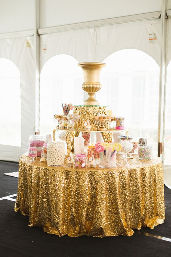 Factory Directly Wholesale 15PCS Wedding Decorative Gold Silver Glitter Sequin Table Cloth 120 Round Sequin Table Runner