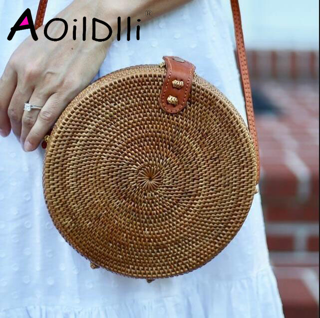 2018 Summer new rattan bag pure handmade Qiuteng basket exotic scenery rattan basket bag