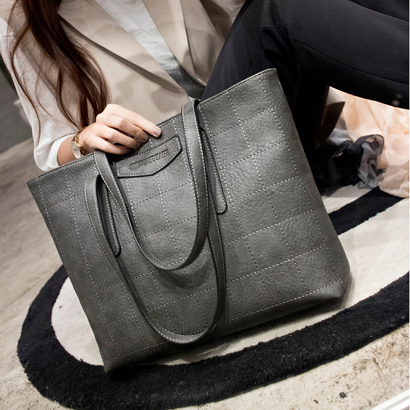 2018 Women Fashion Europe and America Handbag Casual shoulder Bag Plaid Big  Tote Bags for Women Bag Black Gray Women Handbags 66268c58b1dc6