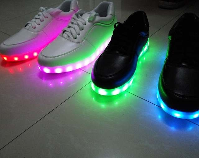 Women's New 8-Color LED Light Up Rechargeable Sneakers