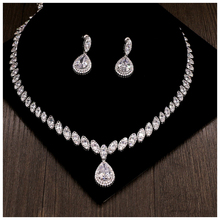 Luxury Trandy Short Chain Pendant Necklaces For Women Girl Wedding Accessory Set Simulated Pearl Zircon Necklace Stud Earring
