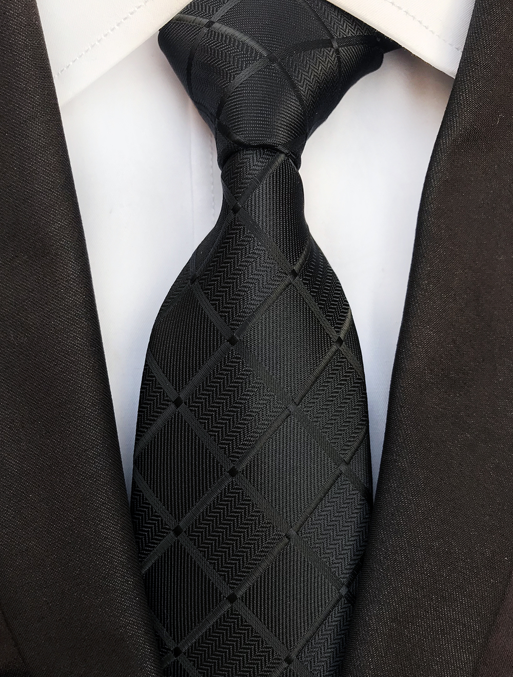 Men's Formal Necktie with Grids