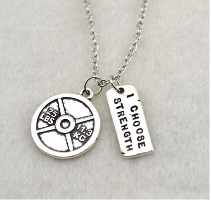 20pcs/lot Antique Silver Plated 25lbs11.3kg Weight Plate With I Choose Strength Charm Pendant Sports Fitness Gym Necklace A Complete Range Of Specifications