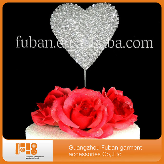 Aliexpress buy 30pcslotheart wedding crystal cake topper 30pcslotheart wedding crystal cake topper centerpieces for wedding table wholesale junglespirit Choice Image