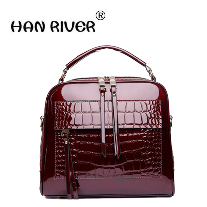 The leather handbag is a fashionable new style of leather bag bag with handbag and shoulder bagThe leather handbag is a fashionable new style of leather bag bag with handbag and shoulder bag