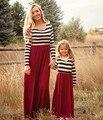Мода мама и дети пара вид с длинными рукавами платье семья соответствия экипировка одежда платье мать дочь платье матч одежда