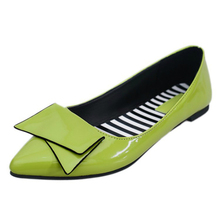 Discount 2018 Autumn New Flat Womens Shoes Casual Loafers Sneakers Fashion Solid Slip-on Pointed Toe Europe Shallow Breathable