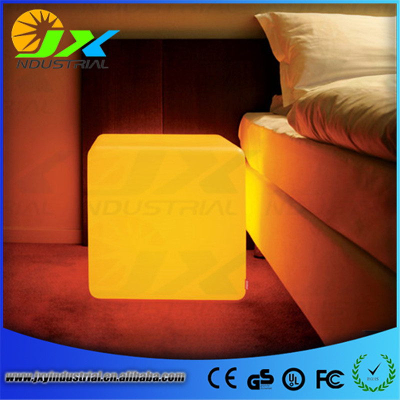 Free shipping 43*43*43cm 16Inch rechargeable Wireless remote led inductive charging cube Chair BAR CUBE CHAIR