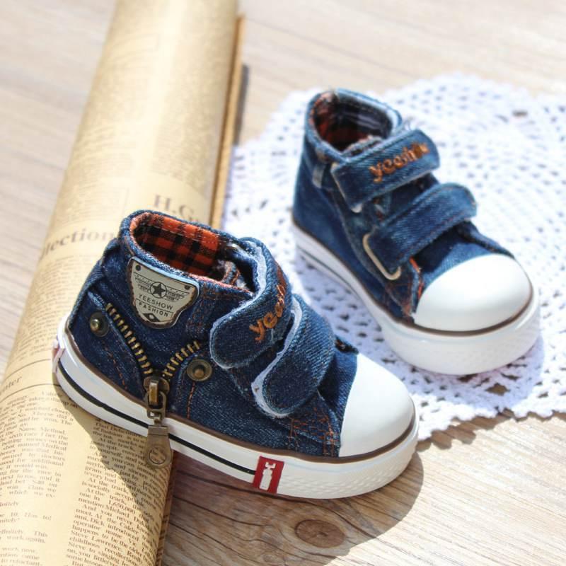 2016 Lona de los zapatos de los niños zapatillas de deporte de marca zapatos de niños para niñas bebé pantalones vaqueros de mezclilla botas planas Zapatos YS660