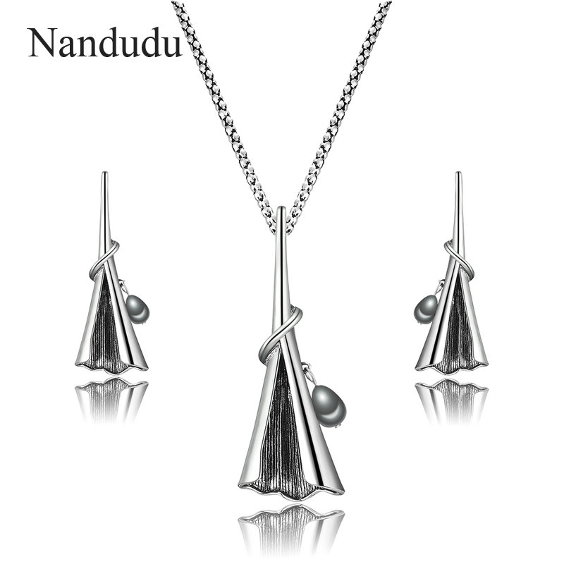Nandudu Vintage Morning Glory Pendant Necklace Earrings Jewelry Sets for Women Grey Color Imitation Pearl Fashion Gift CN441 nandudu fashion necklace rose wire mesh flower crystal pearl pendant necklaces gift for women cn165