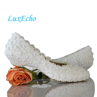 White Flowers Pearl Bridal Shoes Low Heel Round Toe Fashion Women S Shoes Wedges Party Shoes