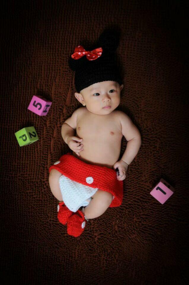 2017 Hot Sale Photography Props newborn baby Knitted Costume Crochet Newborn Batman photo prop super hero Beanie Cap Outfit Hand