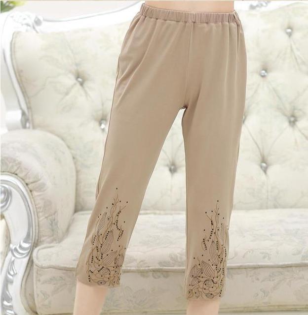 Moda mulheres da idade média Bezerro-Comprimento Calças Cintura Elástica cor Sólida roupas mãe capris capris finas calças femininas de verão