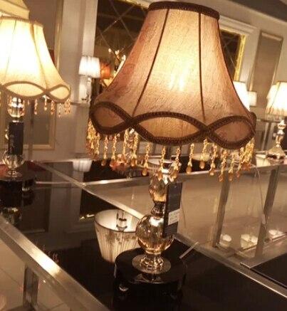 Декоративный светильник американских и европейских роскошный дворец комплекс классическая исследование спальня тумбочка лампа гостиная ...