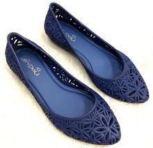 Top qualité Femmes de mode évider sandales Femmes gelée chaussures de plage chaussures plates douces femmes de jardin Plage chaussures fleur sandale