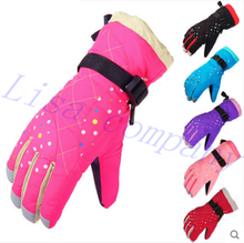 2016 hot sale a pair of winter riding gloves windproof cold proof waterproof outdoor ski gloves