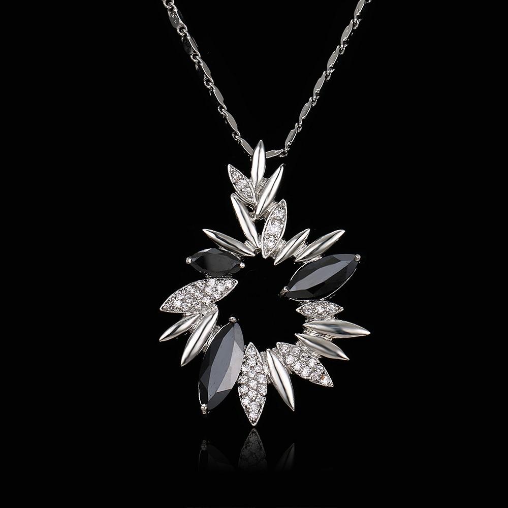Emmaya Luxus Blume Kristall Anhänger Halsketten für Frauen Schwarz Strass Mode Charms Frühlingsschmuck Großhandel Geschenke