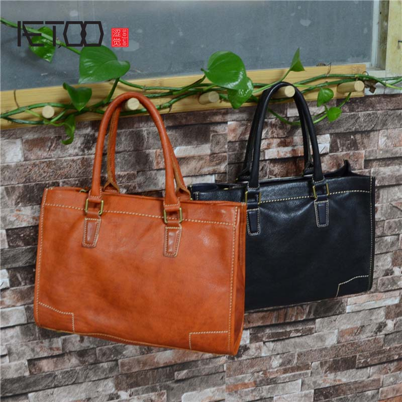 AETOO Large leather handbag vegetable tanned retro tree cream leather soft tide Mummy bag aetoo leather men bag new retro first layer of leather handbag large capacity vegetable tanned leather shoulder bag