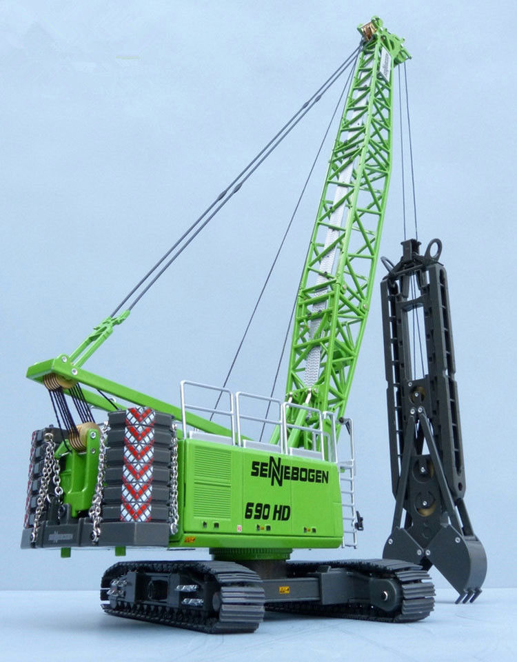 Collectible ROS 1:50 690HD Sennebogen Heavy Duty Deep Well Excavator Crane Engineering Machinery DieCast Toy Model Decoration