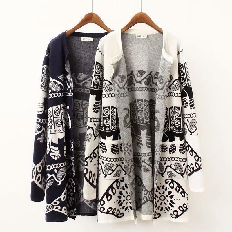 Plus size women black white Elephant Jacquard Cardigan jacket 2018 High quality autumn ladies sweater knitwear