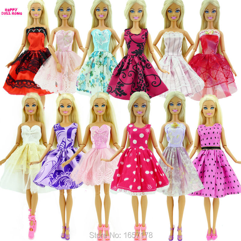 Randomly Decide 5 PCS Marriage ceremony Gown Princess Robe Mounted Type Skirt Outfit Garments For Barbie Doll Equipment Woman Finest Reward Toys