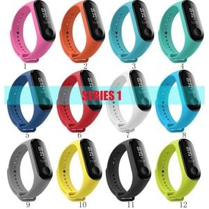 Image 2 - 100Pcs/Pack For Mi Band 3 Strap Miband 4 Wrist Strap silicone Mi Band 4 3 Wristband Replacement Miband 3 4 Bracelet Silicone